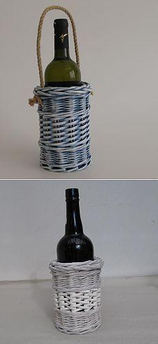 Плетем одежку для бутылки. Бумажные полоски в помощь газетным трубочкам. Мастер-класс.