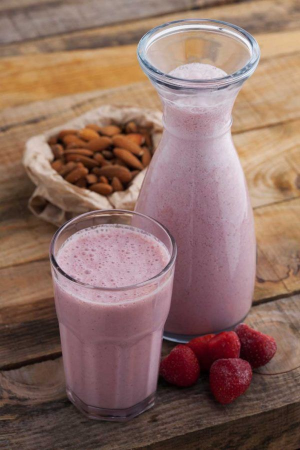 Packed with protein, fruit, healthy fats and lots of deliciousness!  Skip your sad breakfast and try a Strawberry Almond Smoothie instead. @CravingSomethigHealthy