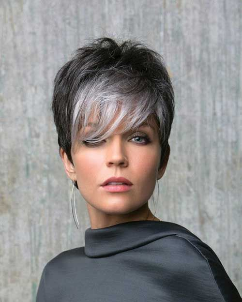 Short Haircuts for Older Women-6