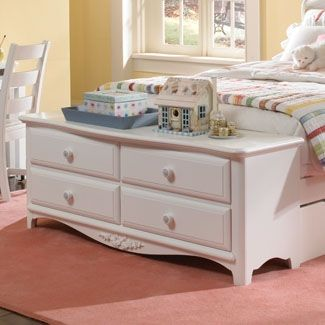 Image of Lea Haley 4 Drawer Dresser Footboard in White Finish (LA-012-241)