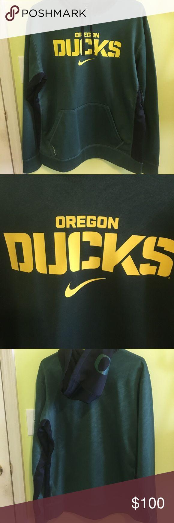 Nike Oregon Ducks Pullover Men's Medium Nike Pullover - Oregon Ducks 🦆-  Made of 💯% polyester and hardly worn! Nike Jackets & Coats Performance Jackets