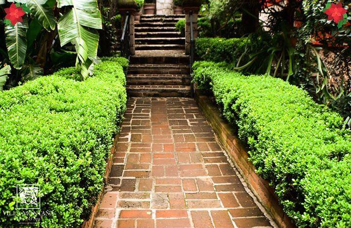 Elige el camino que te lleva al pleno descanso, elige consentirte en Villa Montaña Hotel & Spa.  Reserva: (443) 3140018 / 3149696 o 01 800 963 3100  #HotelVillaMontaña Morelia