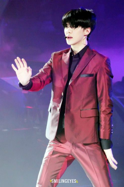 Sehun - 150531 EXO the Exoplanet #2 - the EXO'luXion in Shanghai Credit: Smiling Eyes.