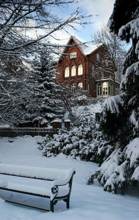pin von ruba siyam auf everything pinterest winterwunderland weihnachtszeit und natur. Black Bedroom Furniture Sets. Home Design Ideas