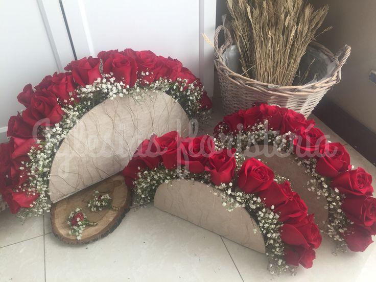 Ramo de novia y ramos para damas de honor 😍😍 #ramosdenovia #damasdehonor #wedding #bodas #bodas2016 #siquiero #todoamedida #iglesiasfloristeria