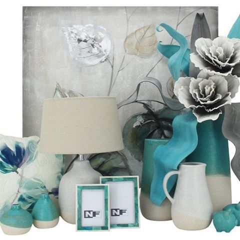 We just love new season arrivals!! #wallart #canvas #ceramics #flowers #artificialflowers #homestyling #shopping #moonta