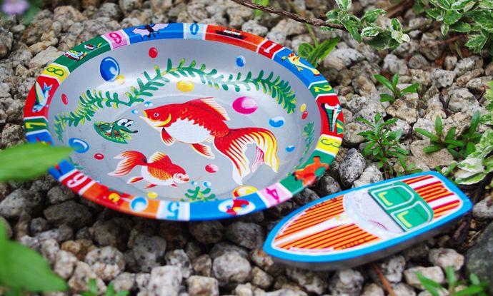 三幸製作所製 モーターボートと金魚のお皿セット
