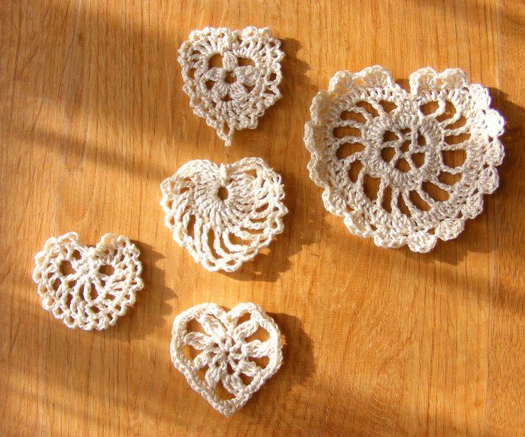 few crochet hearts jej-art-terapia.blogspot.com