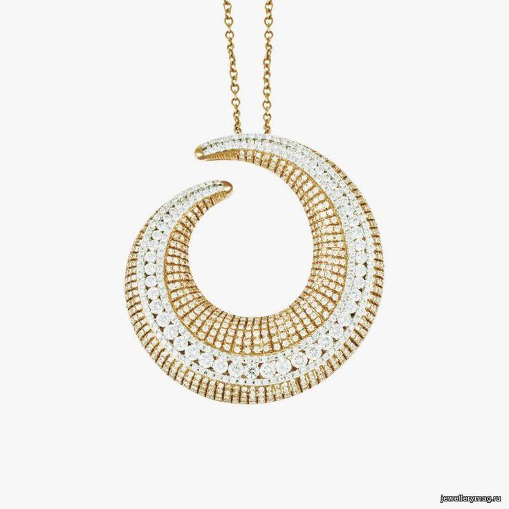 Золотое колье с бриллиантами от Pistachio