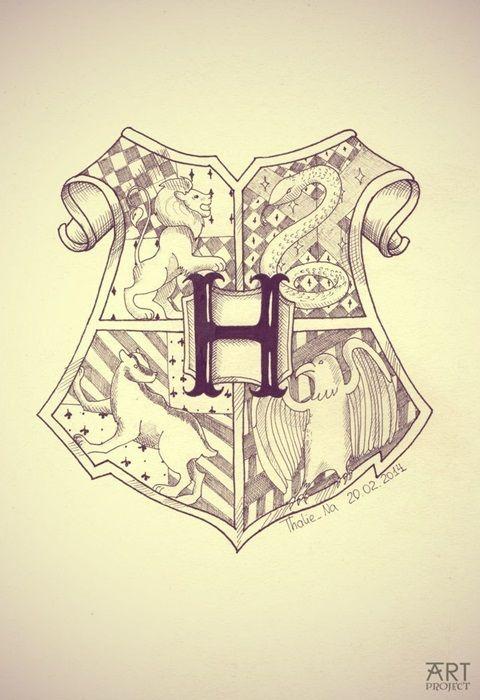 """""""Гарри Поттер"""" герб Хогвартса."""