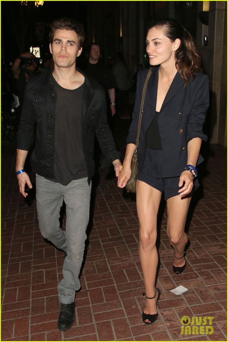 Paul Wesley & Phoebe Tonkin Show Some PDA After Comic-Con