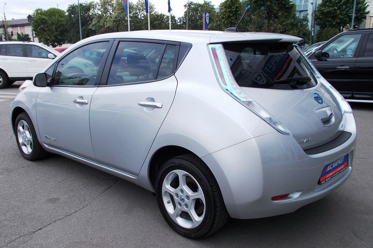 Группа компаний АИС начала импортировать электромобили из США