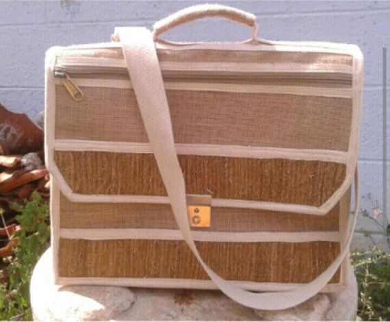 Eco friendly Laptop bag made from Vetiver and by AaraTheTreasure