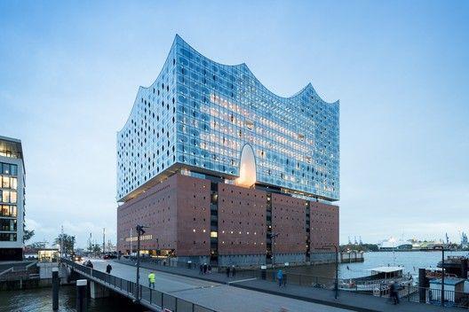 Elbphilharmonie Hamburg Herzog De Meuron In 2020 Cultural Architecture Elbphilharmonie Hamburg Architecture