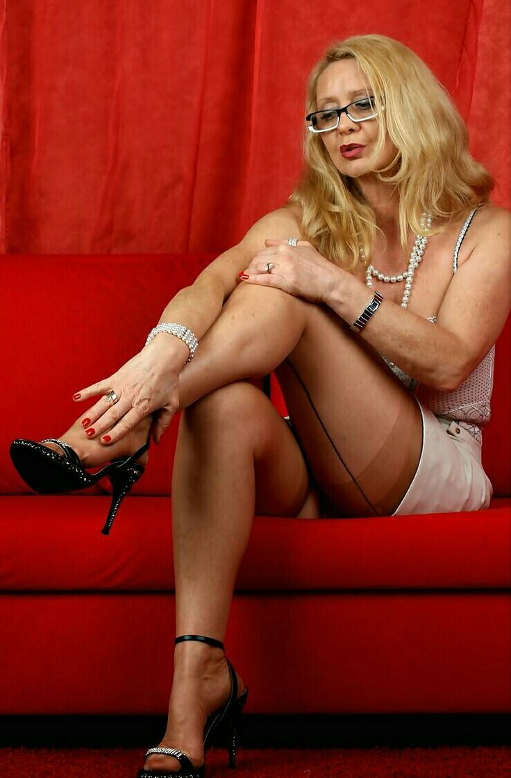 Sexy older women in heels