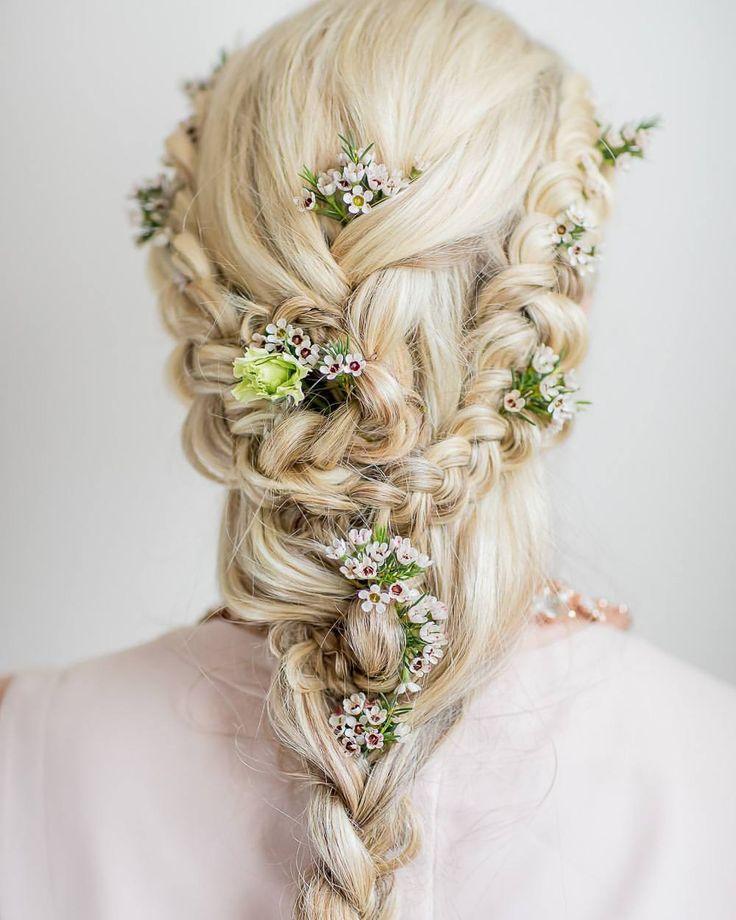 """Gefällt 120 Mal, 6 Kommentare - Anna-Weddingplanner & Designer (@ambrosiawedding) auf Instagram: """"Die erste Hochzeit der Saison dieses Jahr in Cádiz startete mit eine Wahnsinns-Brautfrisur. Anja…"""""""