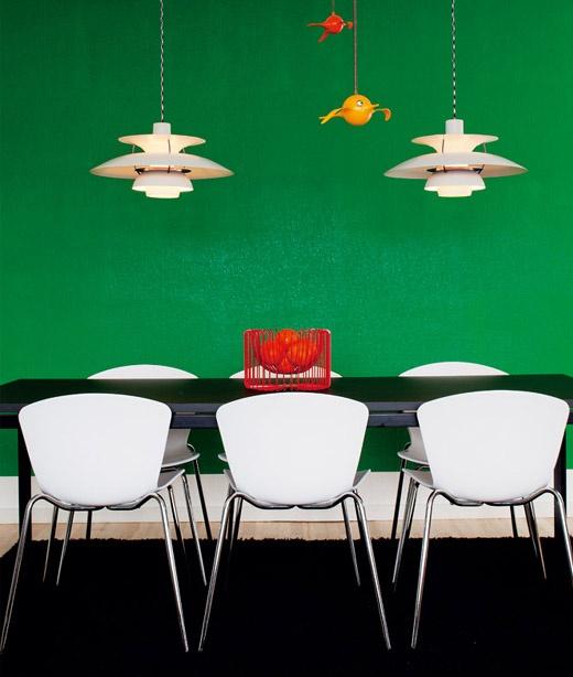 nice: Dining Rooms, Scandinavian Design, Wall Frames, Green Wall, Wall Color, Interiors Design, Kitchens Green, Modern Lights, Accent Wall
