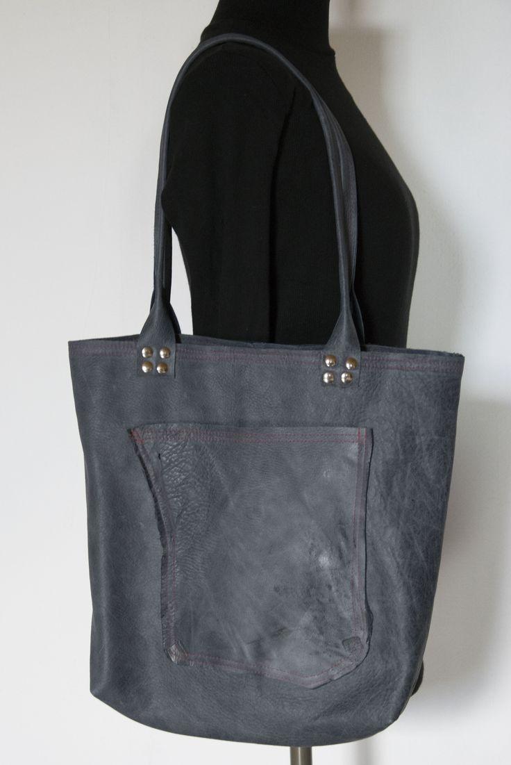 Skrawek Natury - leather bag with red thread