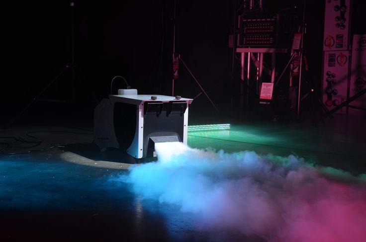 Wytwornica dymu ciężkiego Ibiza Light D-1000