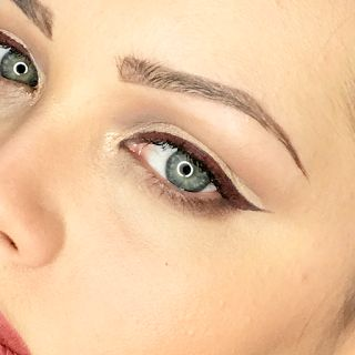 Preview Ink Me eyeliner di Neve Cosmetics. Applicazione + Swatches  Qual'è il vostro colore preferito??? Il mio Hatshepsut, ho sempre voluto un eye-liner di questo colore e trovo sia stupendo con gli occhi chiari!!!!  #verdebio #nevecosmetics #eyelinerbio #swatches #inkme #blogbio #ecobio
