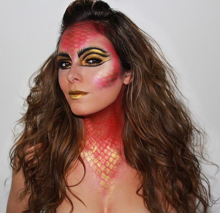 Amazing dragon girl makeup!