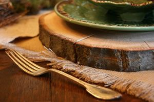 Basswood Country Rounds make fantastic rustic charger plates! Natural bark edges. http://hofcraft.com/wood-charger-plates.html
