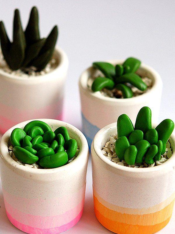 C'est bientôt le printemps ! Hop, on customise des pots de fleurs grâce au joli tuto de Madame Citron.