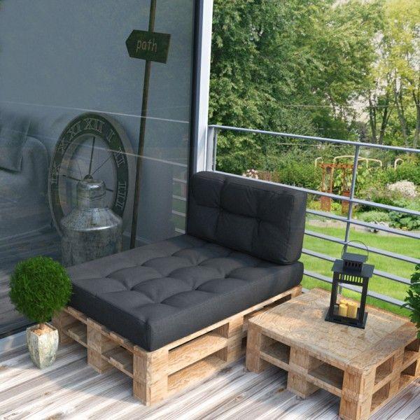 Sessel aus Paletten dunkelgraue Auflage schickes Design