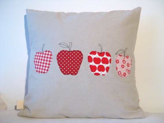 Red apples cushion cover