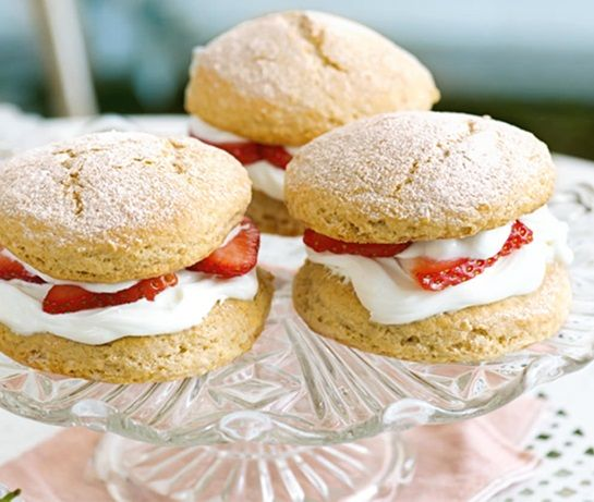 Strawberry shortcakes | ASDA Recipes
