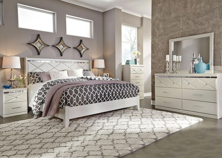 Dreamur Panel Bedroom Set In Champagne Find This Pin And More On The Roomplace