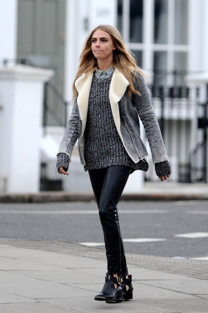 Denim shirt and black skinny and cool coat - this is winter style