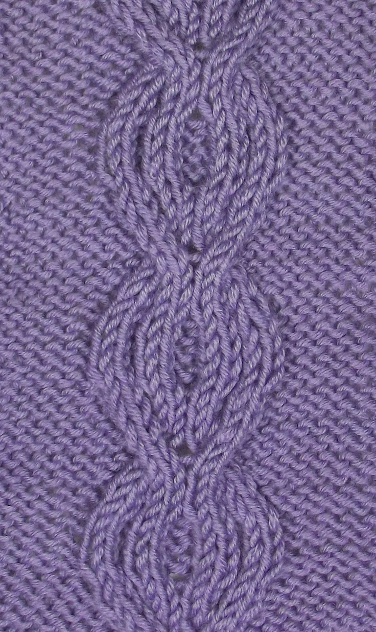 Intertwined Circles is found in the Cables & Twisted Stitches category.