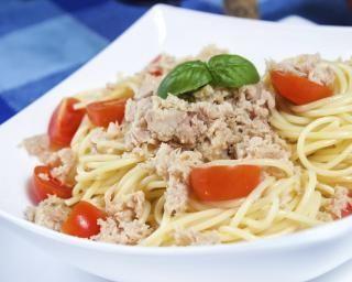 Spaghettis au thon et au citron : http://www.fourchette-et-bikini.fr/recettes/recettes-minceur/spaghettis-au-thon-et-au-citron.html