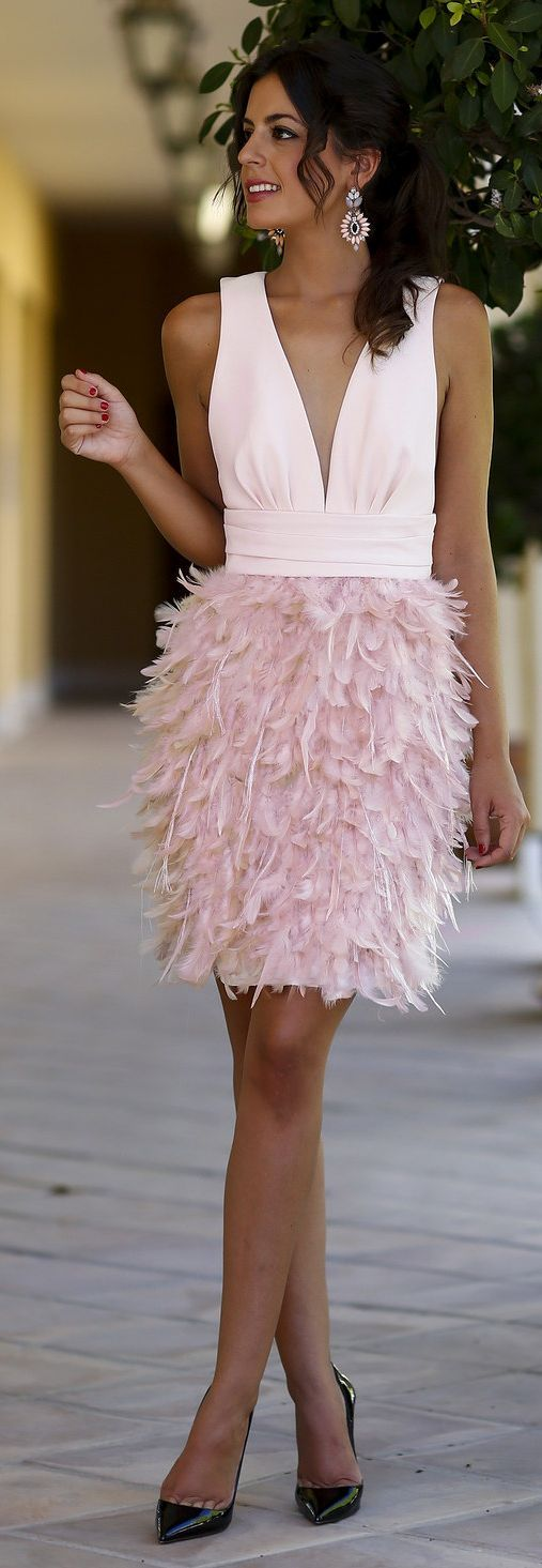 White And Pink V Neck Contrast Feather Skirt Cocktail Mini Dress