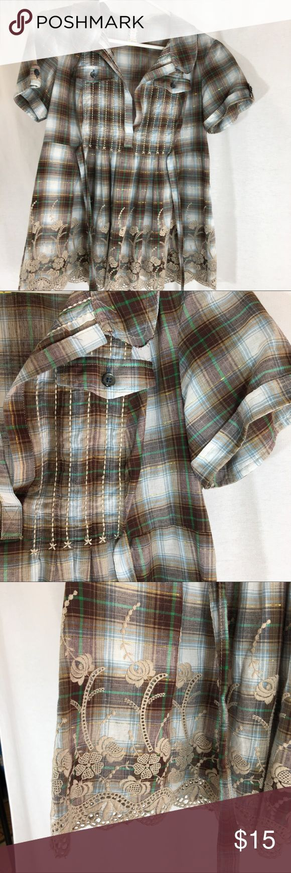Free People plaid blouse Free People plaid blouse. Colors are neutral shades of  brown, cream & has a gold strand running thru it. Size 6 but runs small.  Excellent condition Free People Tops Blouses