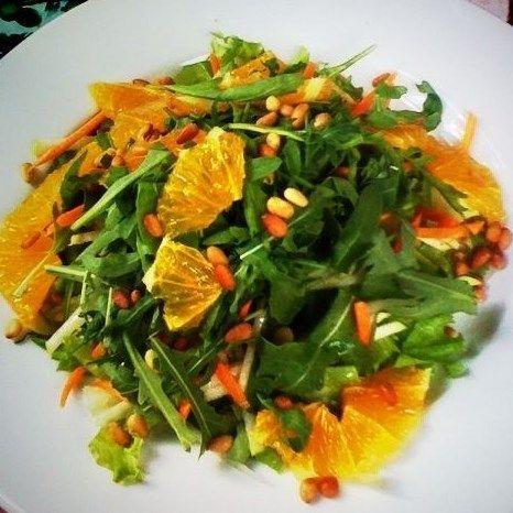 Салат с куриной грудкой, рукколой и апельсином. Кулинария . Рецепты .