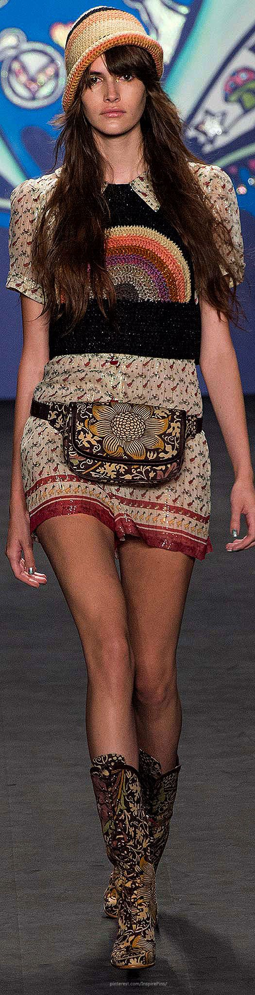 Anna Sui, Spring/Summer 2015, Ready to Wear ~ I may have to reconsider the fanny pack after all ~ this is cute !