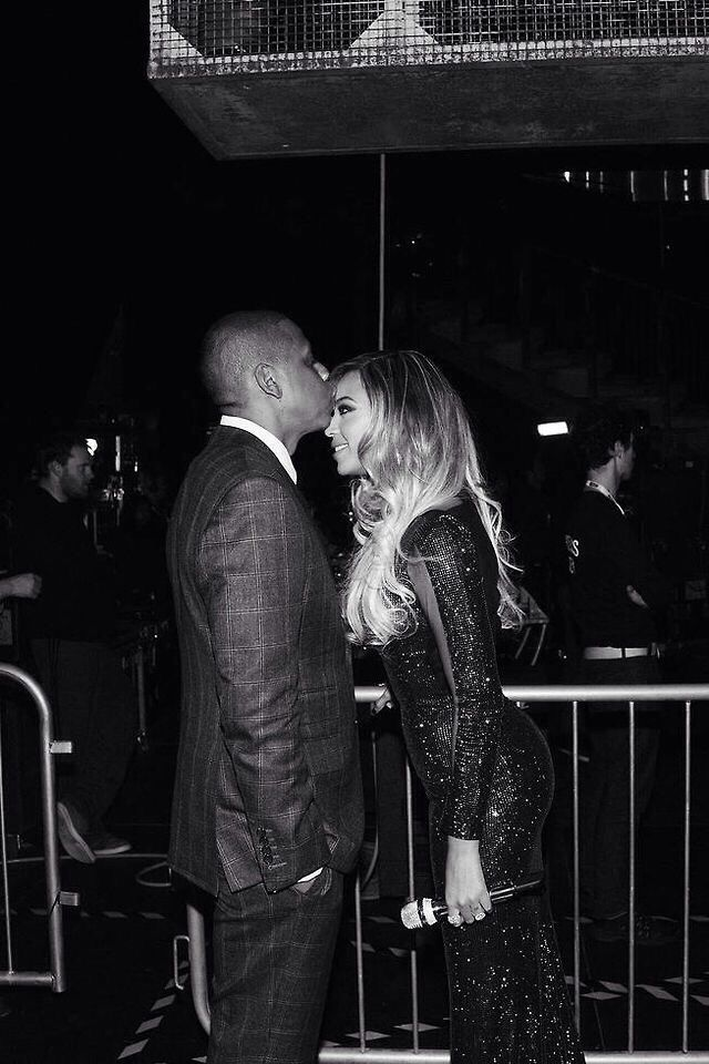 Beyoncé Backstage at The BRIT Awards 2014 <3