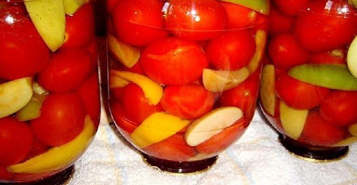 Paradajky s jabĺčkami v sladkokyslom náleve