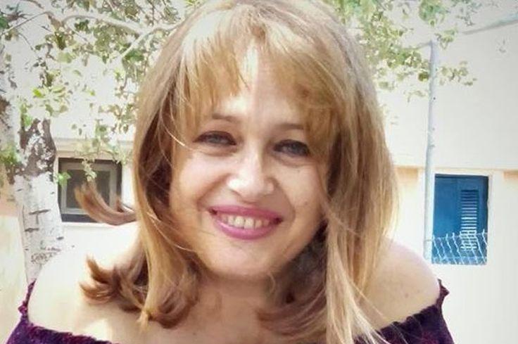 Φραντζέσκα Αλεξοπούλου, συγγραφέας, μιλάει στο Διονύση Λεϊμονή