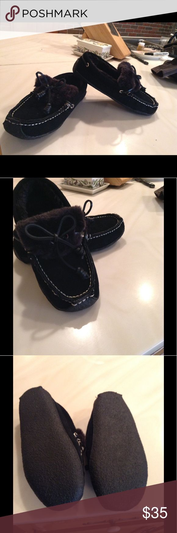 Sperry slippers Black leather faux shearling slippers , new without box Sperry Top-Sider Shoes Moccasins
