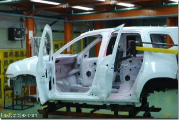 Venta de vehículos cayó 85,6% en un año en Venezuela - http://www.leanoticias.com/2014/06/05/venta-de-vehiculos-cayo-856-en-un-ano-en-venezuela/