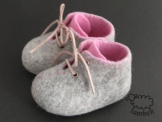 Feutrée chaussons rose et gris pantoufles chaussures de bébé