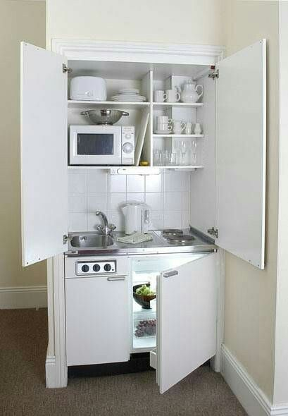 Best 25 kitchenettes ideas on pinterest for Build inn kitchen
