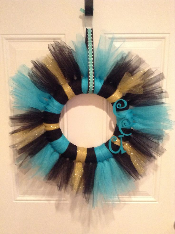 Add some TEAL to your front door...check out this Coastal Carolina University tulle wreath!