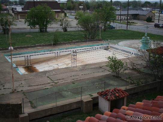 baker hotel pool ah i remember it well could see it from our room of course it was prettier