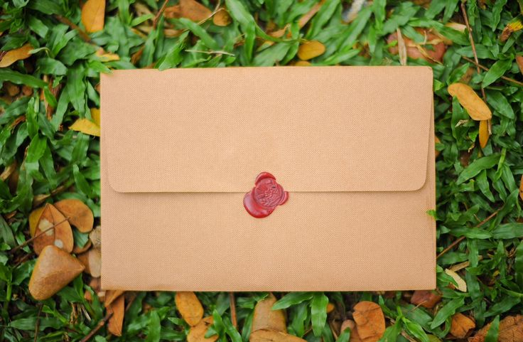 As requested by the groom, We had a red wax seal in our invite. Adds a uniqueness and elegance in them, though some invites have a not so perfect sealing.