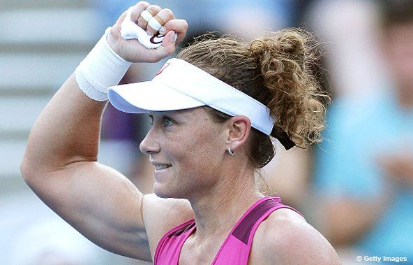 1/13/16 Via #FOXSportsNews  ·  Samantha Stosur's Sydney International campaign ends in QFs with 4-6, 4-6 loss to Qualifier Monica Puig. #tennis