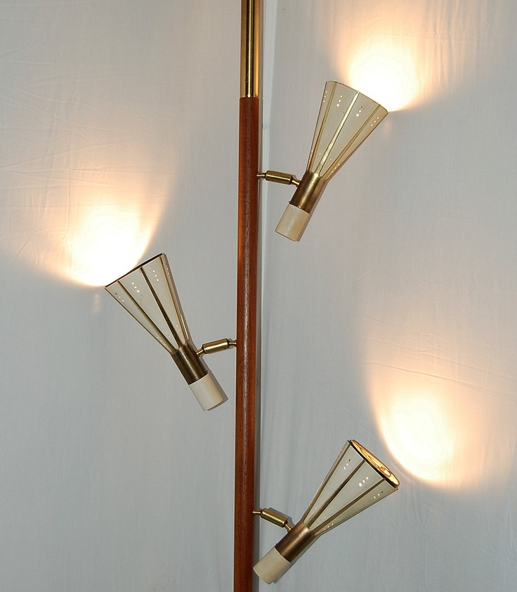 Mid Century Rembrandt Lamp: A Stiffel Tension Pole Lamp.